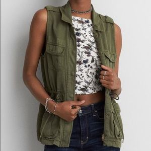 American Eagle Zip Up Utility Vest